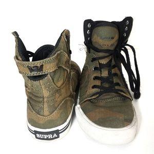 Supra camo Skytop sneakers (kid's 4/women's 5.5)